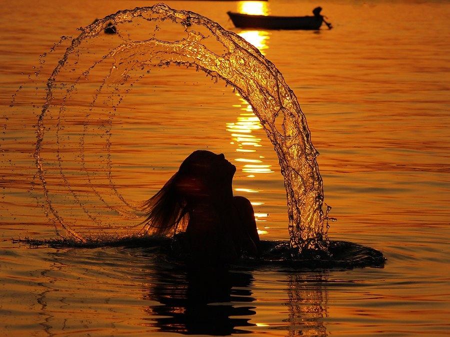 Slikovni rezultat za žena pod suncem