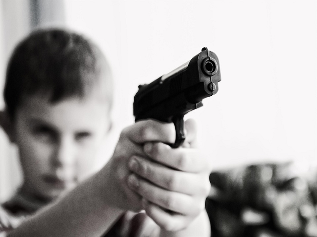https://pixabay.com/en/weapon-violence-children-child-424772/