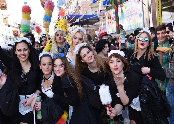 Povratna Karta Iz Zagreba Za Rijecki Karneval Vec Od 76 Kuna